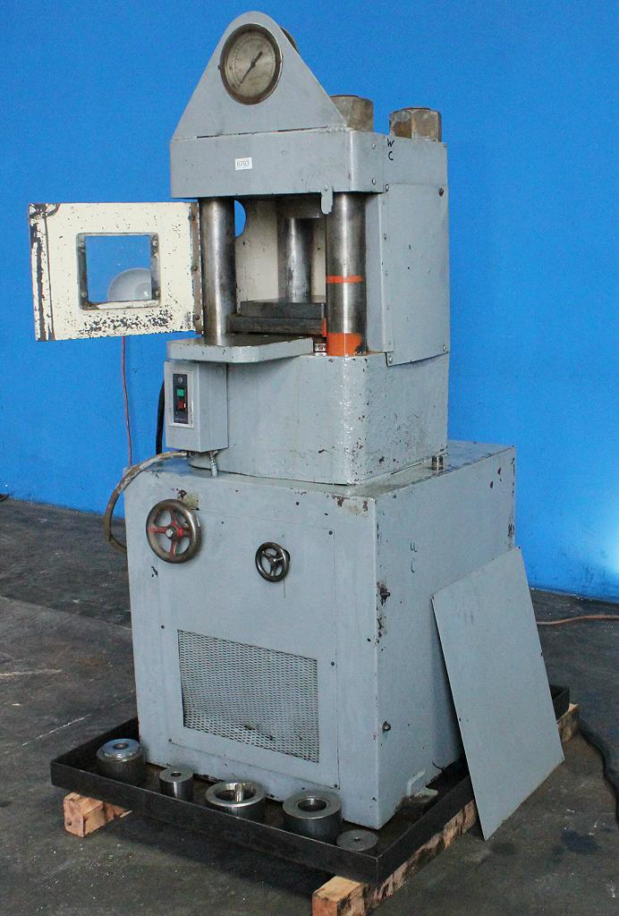 Stock no: 7186 - 4-POST HYDRAULIC (UP-ACTING) HOBBING PRESS