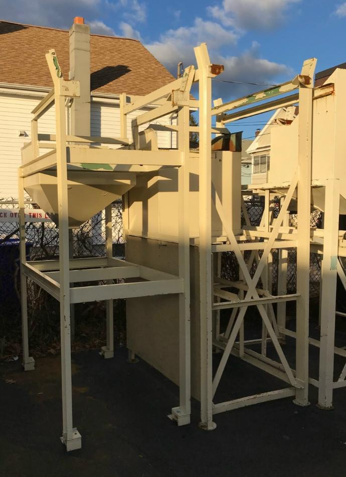 Stock no: 7715 - BULK FEEDER STANDS